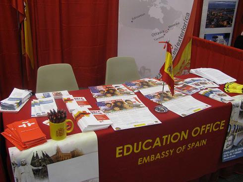 C mo ser asesor o docente en el exterior acci n docente for Accion educativa en el exterior